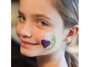 Pintacaritas niños create a face