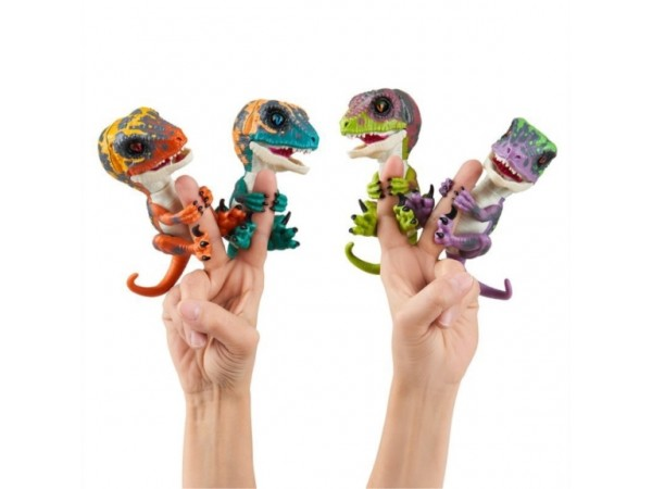 Fingerlings untamed raptor