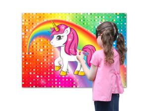 Juego poner cuerno al unicornio