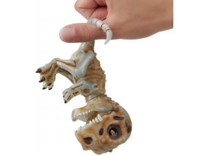 Untamed by Fingerlings T-Rex Doom